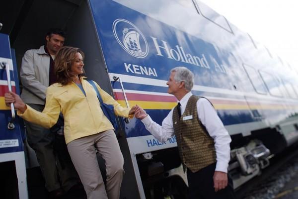 Gray Line Alaska tours McKinley Explorer train tour departs